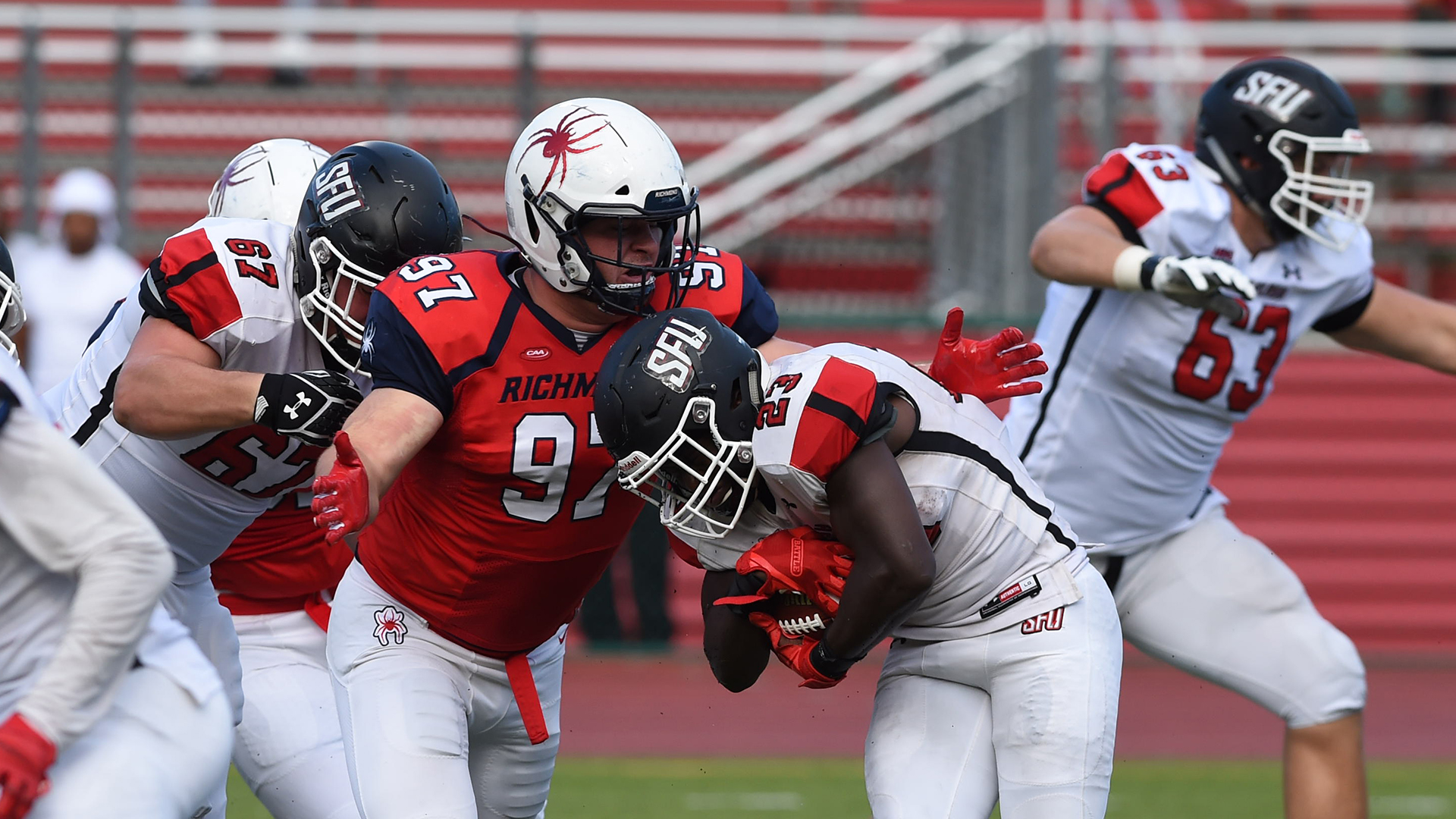 Football Wins With Two Touchdowns In The Final Seconds At Saint